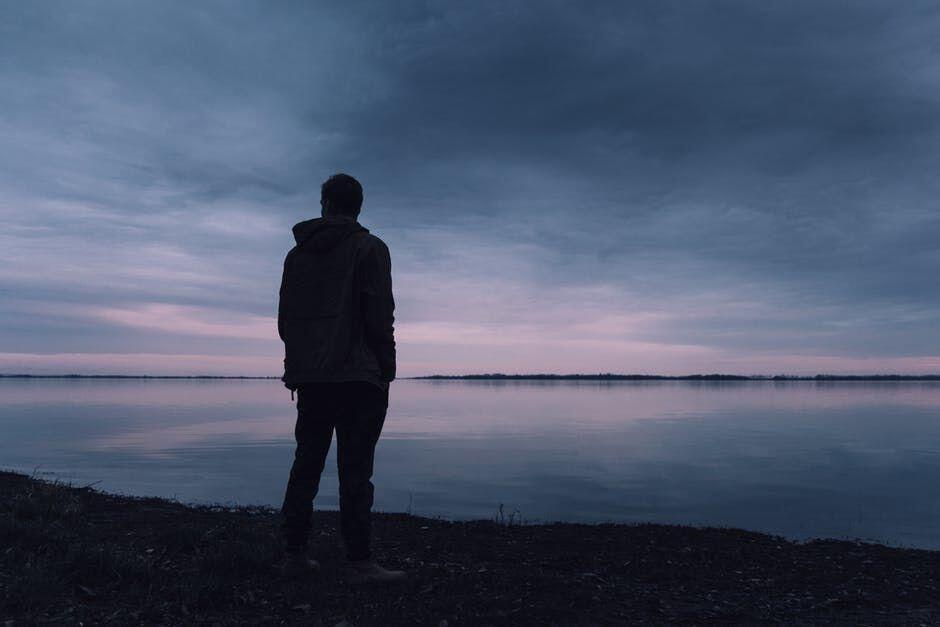 7 Tanda Ini Menunjukan Kamu Membutuhkan Waktu Untuk Sendiri
