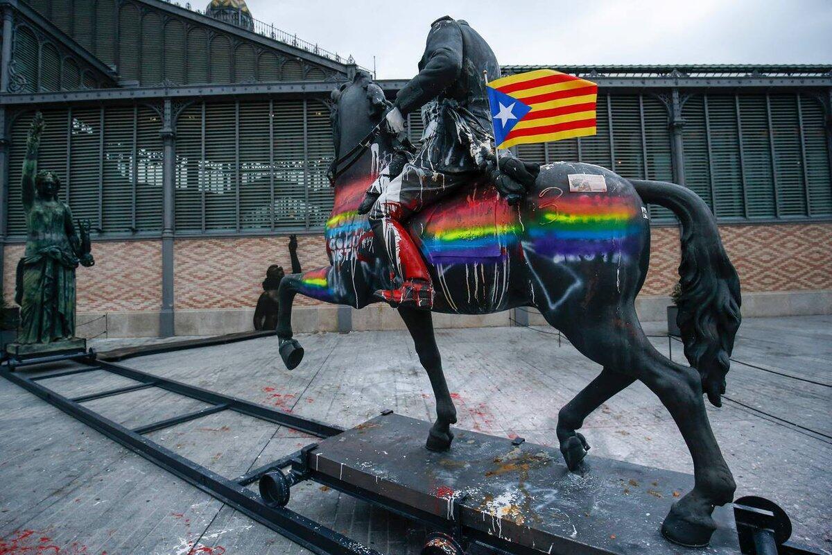 Barcelona yang munafik: kelupaan historis yang selektif.