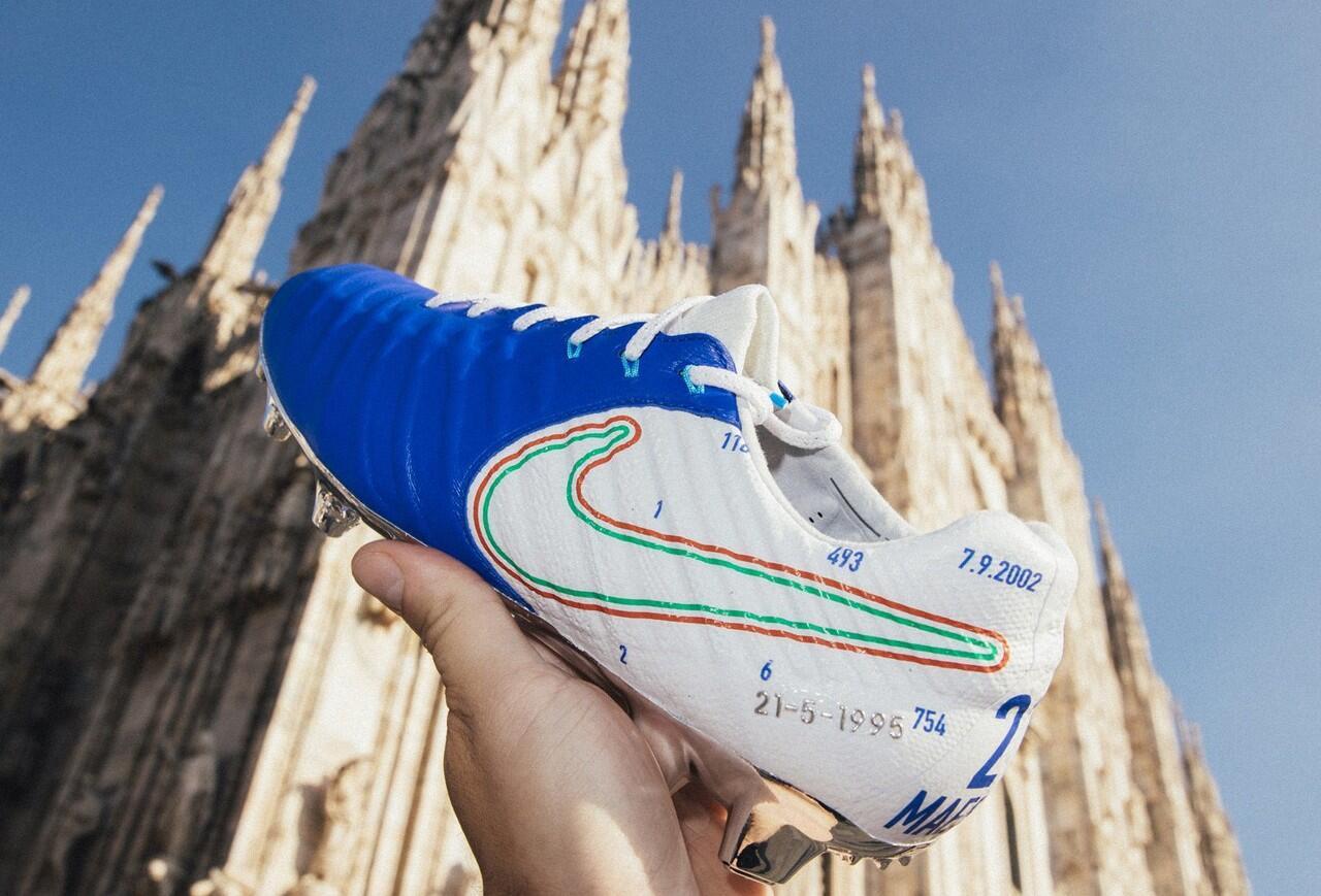 Nike Persembahkan Sepatu Perpisahan untuk Andrea Pirlo, Hiks