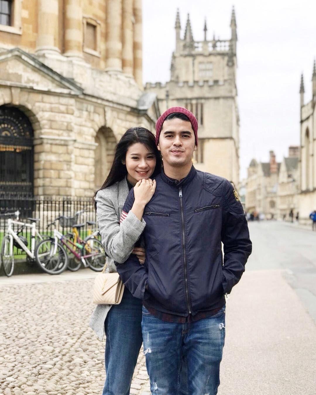 Sedang Hamil, Ini 10 Potret Amanda Zevannya dan Suami yang Bikin Baper