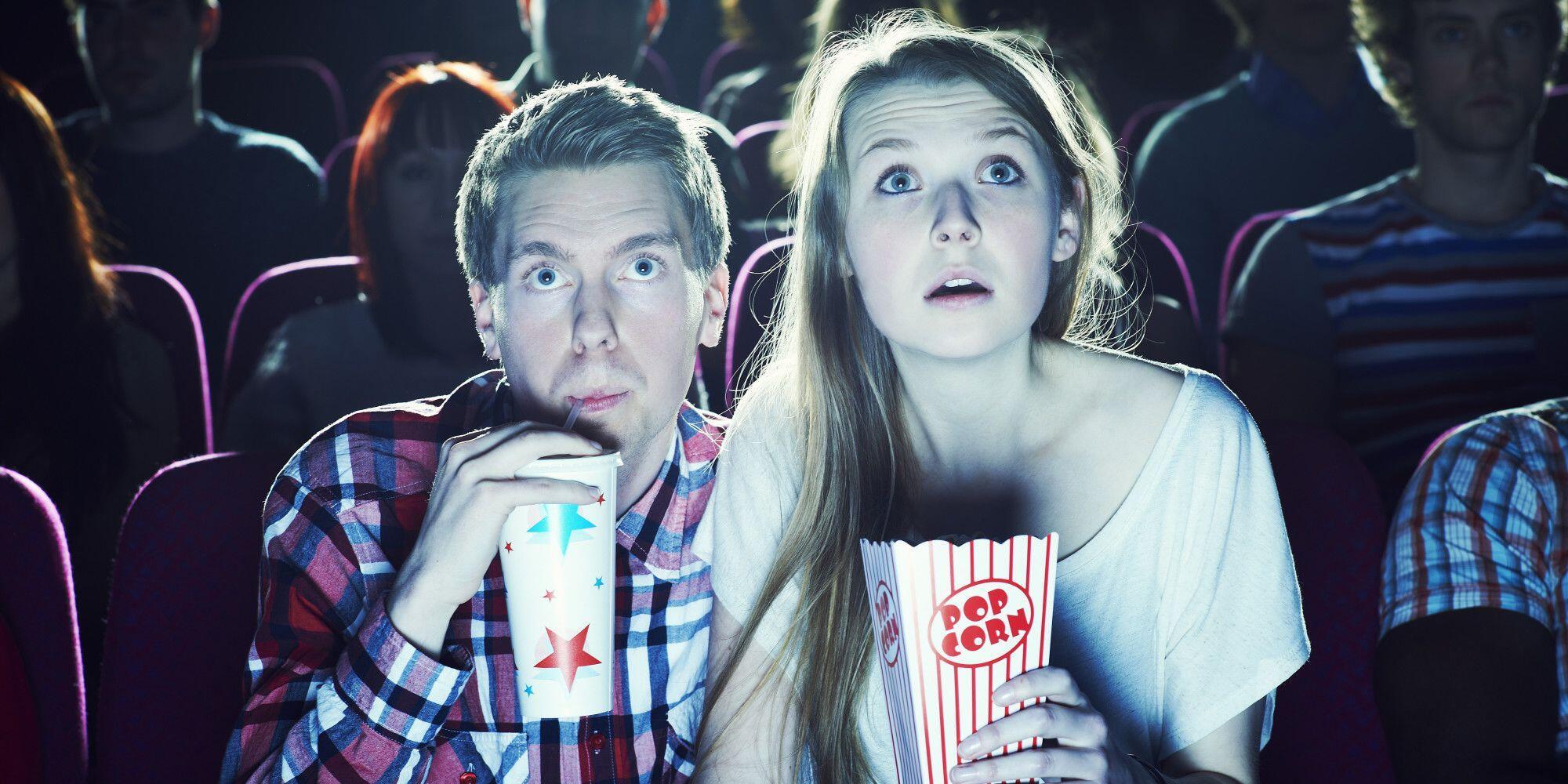 Kamu Penggemar Film Horor? 5 Sifat Ini Pasti Ada Padamu!