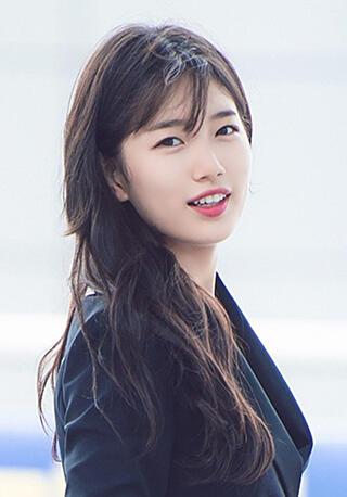 """5 Artis Kpop Yang Cantik, Sexy, Dan Imut Dengan Gigi Yang """"Tonggos"""""""
