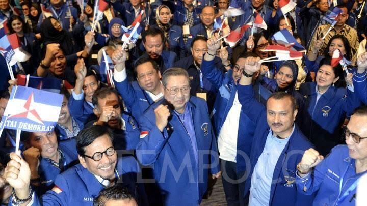 Bikin Kaget! Basis PD Pilih Jokowi-Ma'ruf Ketimbang Prabowo-Sandi