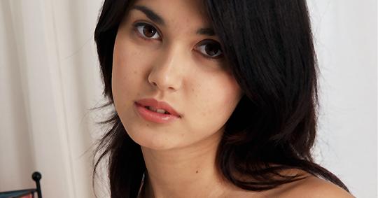 5 Wanita Cantik Asal Jepang Yang Disayangkan Memilih Menjadi Bintang Film Panas