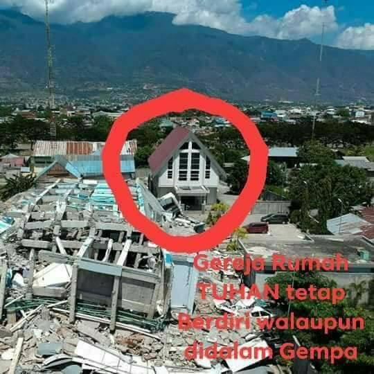 Gereja Ini Berdiri Kokoh Meski Palu Diguncang Gempa, Hotel di Sebelahnya Rata Tanah