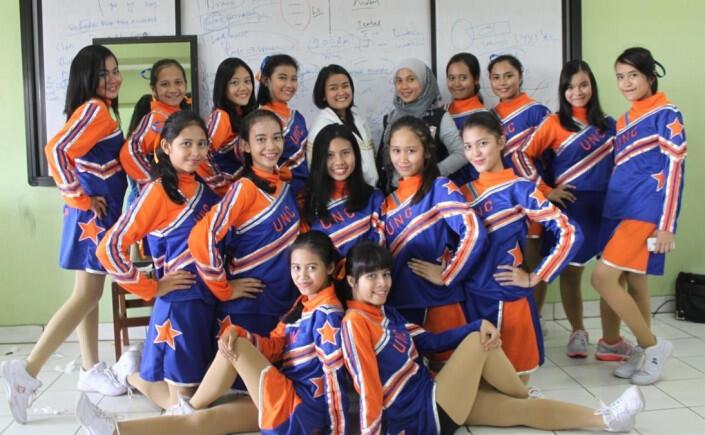 Bagaimana Menjadi Kapten Cheerleader yang Baik