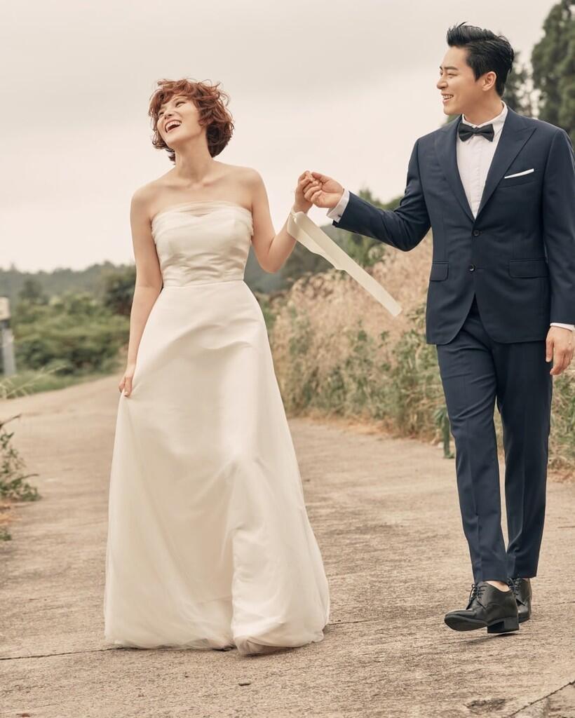Selamat! Aktor Jo Jong Suk Resmi Menikah dengan Solois Gummy