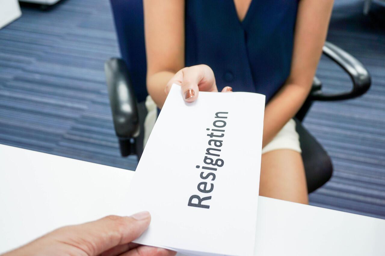 Langkah Perusahaan Jika Merugi karena Karyawan Mengundurkan Diri?