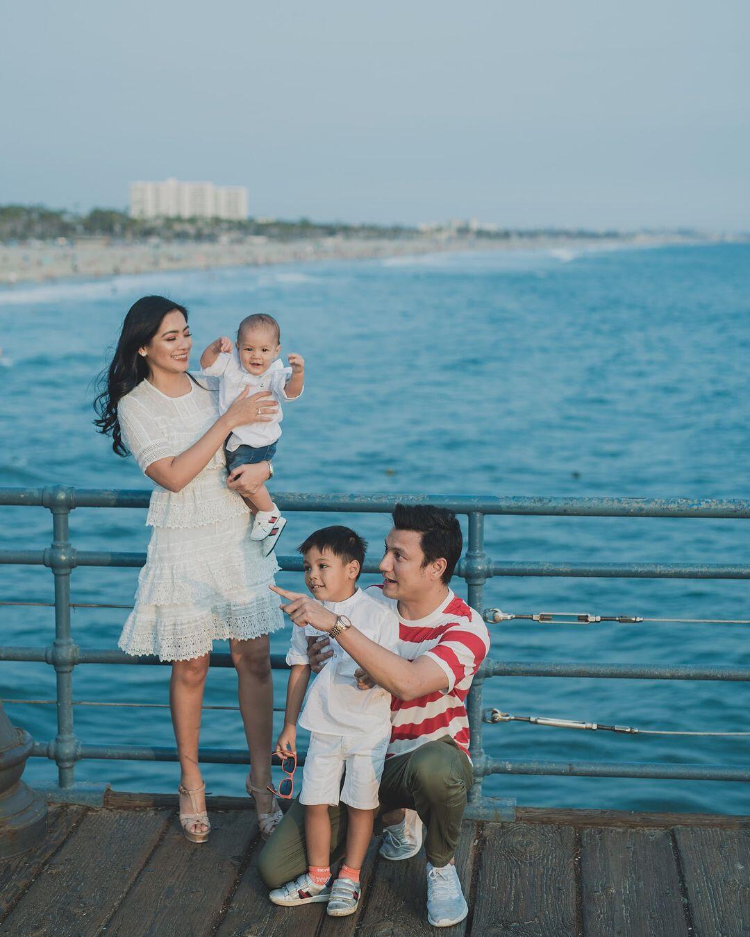 10 Destinasi Liburan Mewah ala Keluarga Titi Kamal & Christian Sugiono
