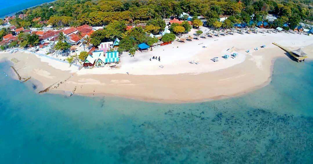 4 Pantai Kece di Pulau Masalembu Madura Ini Bikin Betah Liburan!