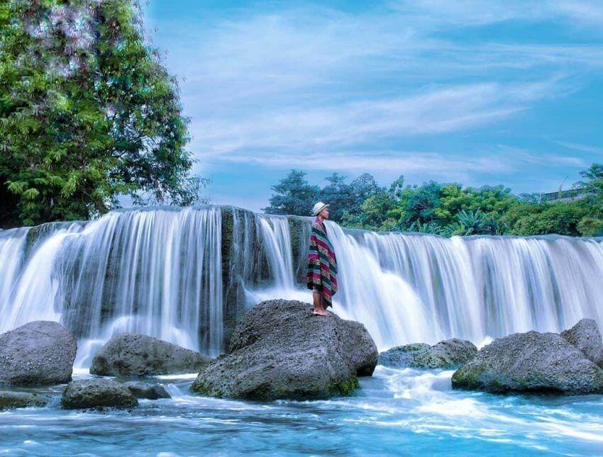 5 Air Terjun Terdekat dari Jakarta Ini Dijamin Bikin Adem Pikiran