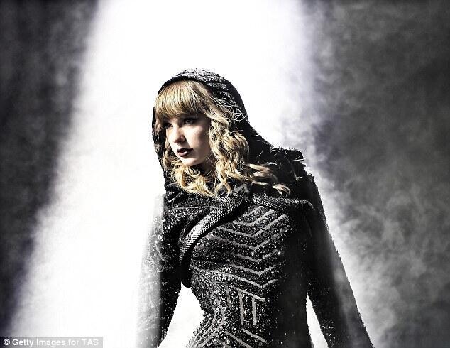 Taylor Swift Bicara Soal Politik, Nama Kanye Dibahas Kembali