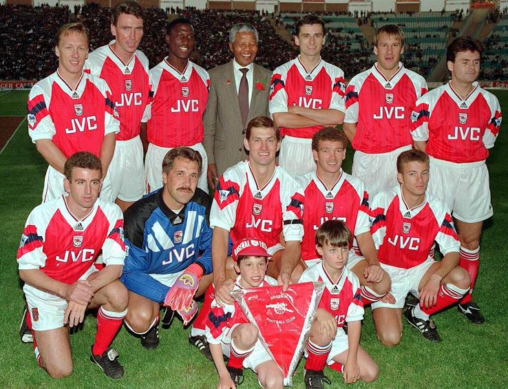 Tiga Jersey Klasik Terbaik Arsenal Bersama Adidas