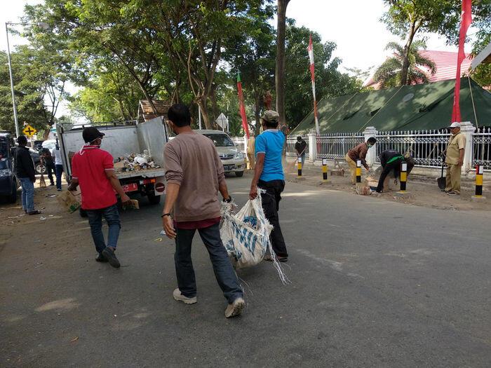 Kota Palu mulai bersih-bersih