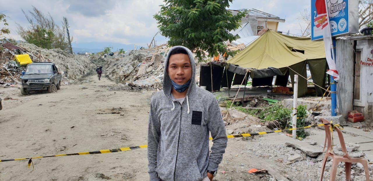 Juara Balap Motor Ini Terus Berharap Ibunya Ditemukan Pasca-Gempa Palu