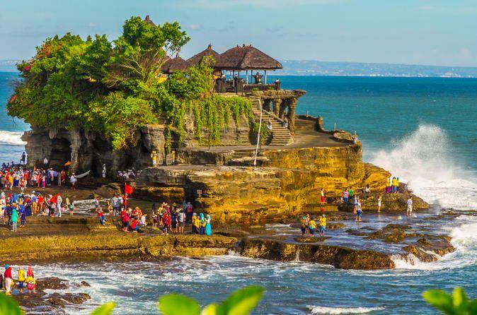 Selain Pantai, Ini 7 Pura Besar di Bali yang Wajib Dikunjungi