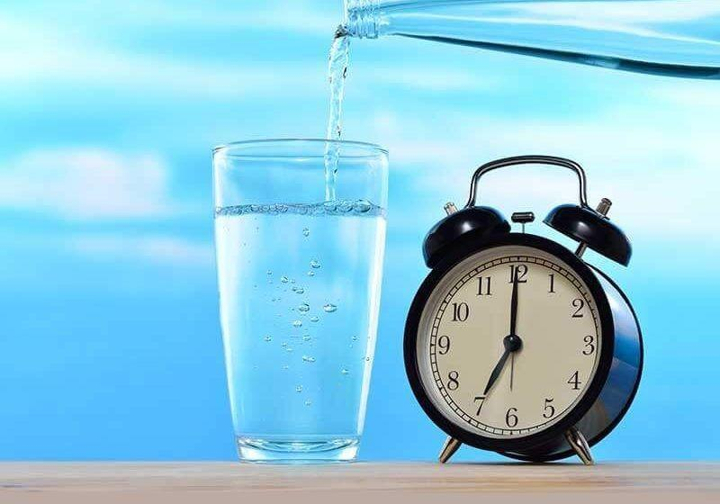 7 Cara Tetap Terhidrasi Selain Minum Air Putih, Ingin Mencoba?