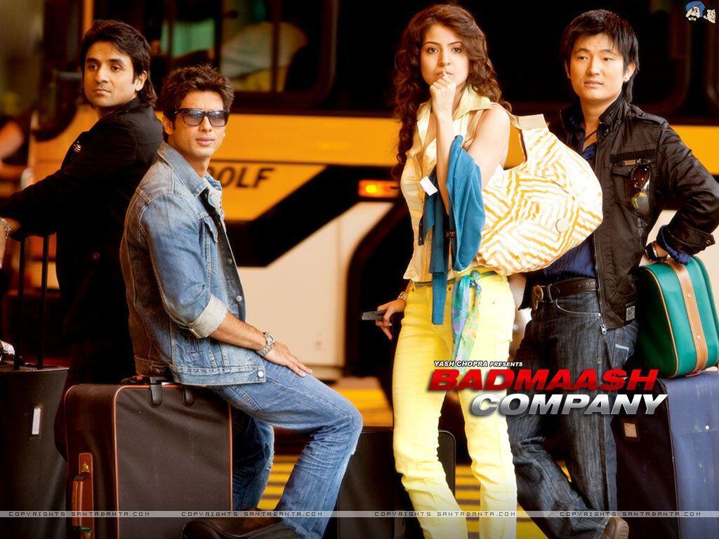 Gak Kalah Menarik, 5 Film Bollywood Ini Punya Cerita yang Unik
