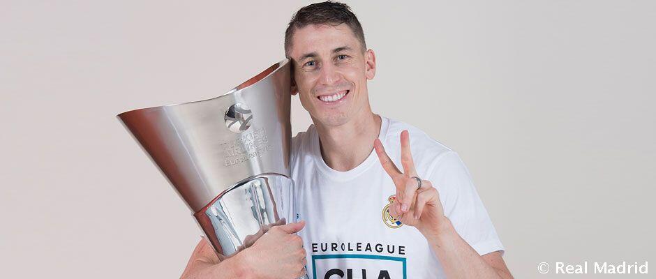 Carroll: 16 gelar dan lebih dari 500 pertandingan di Real Madrid