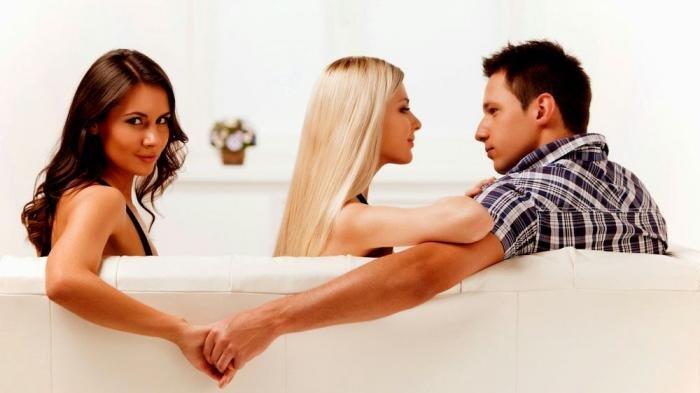 Alasan Pasangan Selingkuh Sekalipun Hubungan Tampak Baik , Nomor 8 Bikin Pasrah