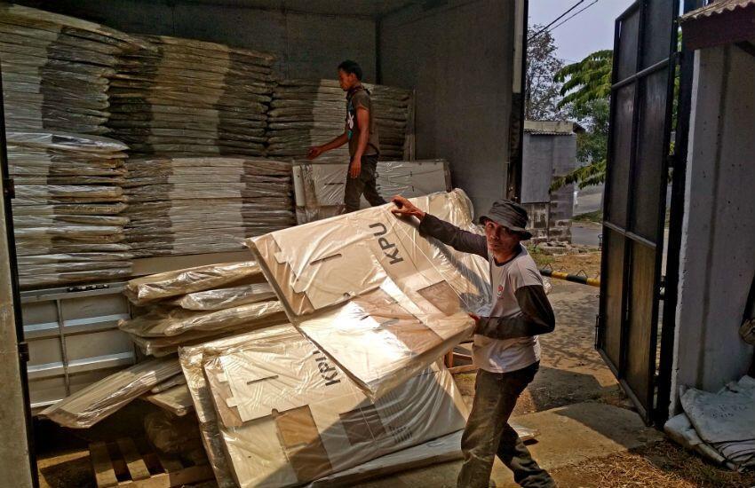 KPU Prioritaskan Kirim Logistik Pemilu ke Daerah Tersulit Dijangkau
