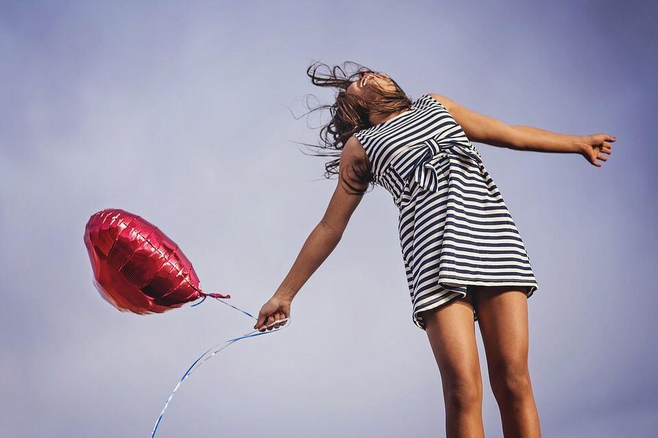 10 Quotes Terpopuler Ini Bisa Membuatmu Mantap Move On!