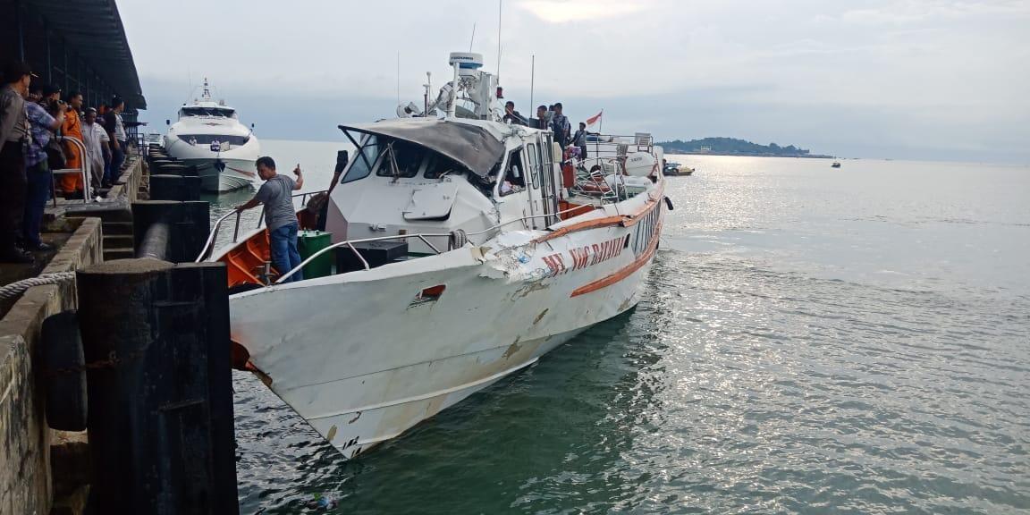 Kapal Mv VOC Batavia Senggol Tangker Begini Foto fotonya