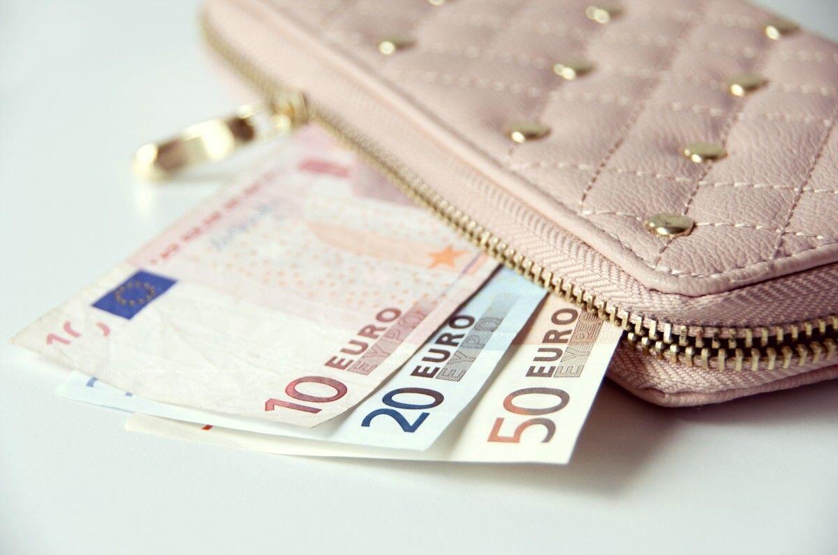 5 Trik Unik Kelola Uang Biar Lebih Hemat, Cewek Wajib Kuasai!