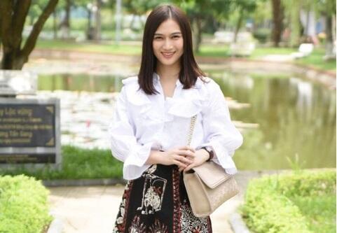 Melody eks JKT48 Mau Nikah dan Kini Berhijab, Calon Suami Masih Misterius
