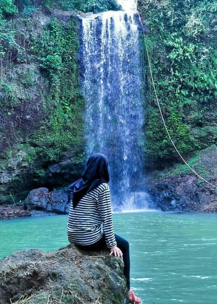 Masih di Bogor, Pesona Curug Cikuluwung yang Cantik Alami