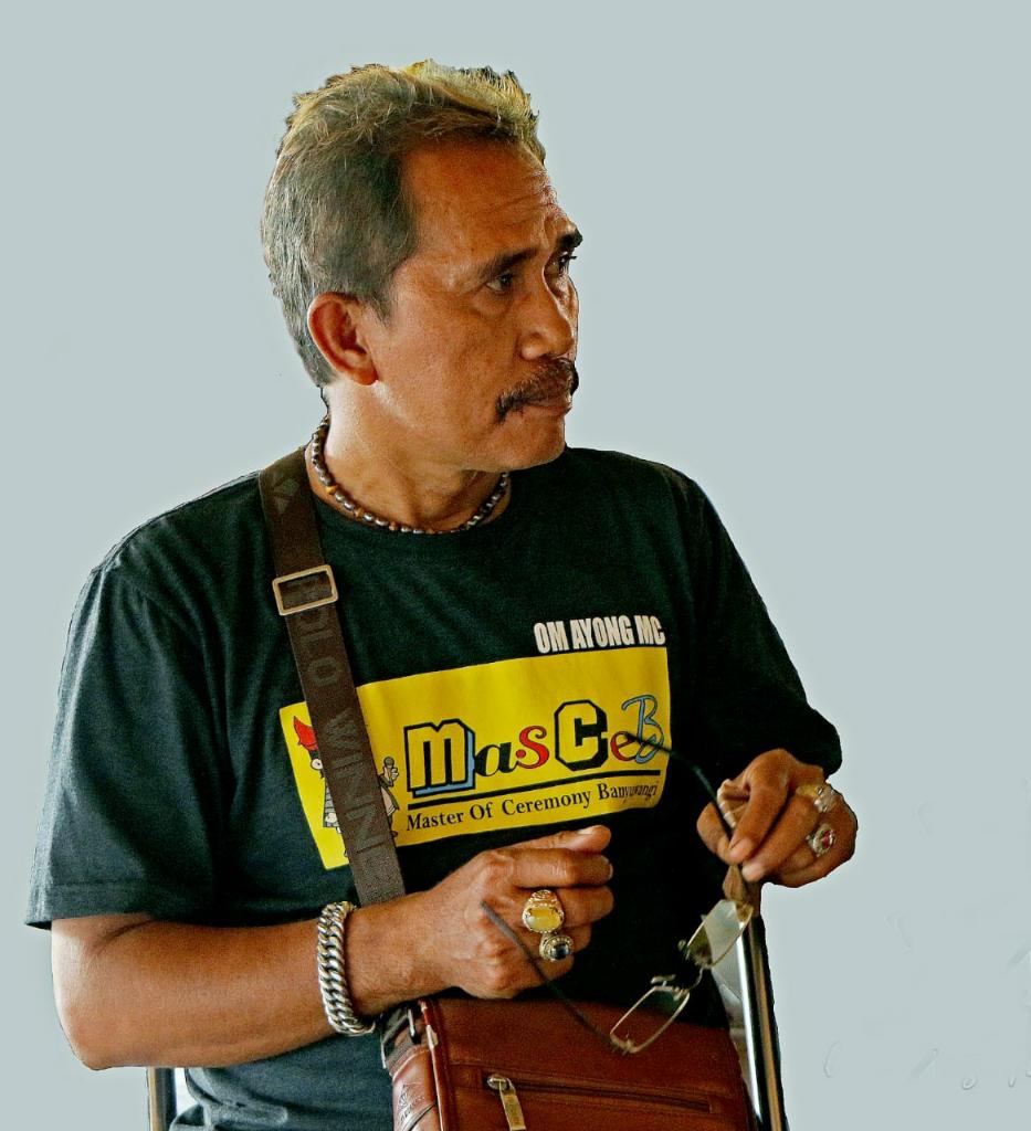 FPI Tolak Gandrung Sewu, Seniman Meradang
