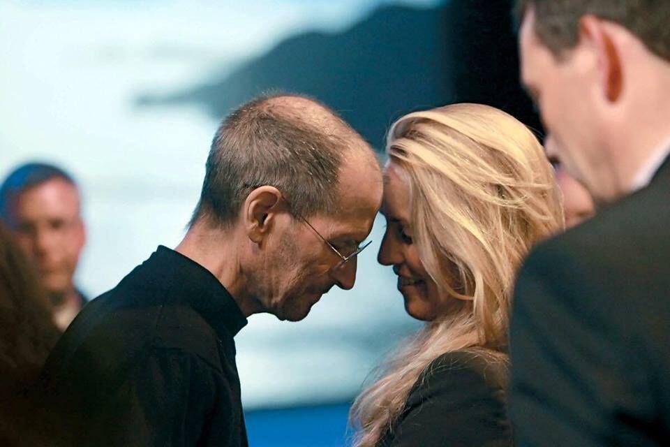 Pernah Dikudeta, Ini Jatuh Bangun Kehidupan Steve Jobs yang Inspiratif