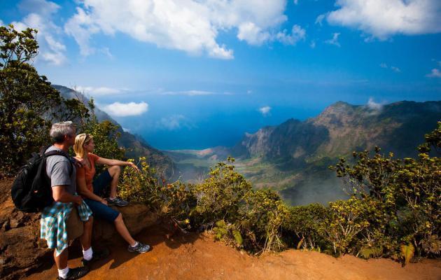 15 Wisata yang Harus Dikunjungi Sekali Seumur Hidup, Gak Bakal Rugi!