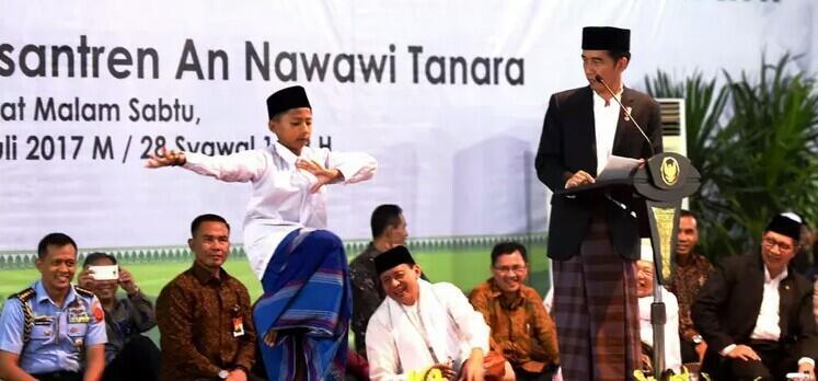 Peringatan Hari Santri, Jokowi: Tahun Politik Banyak Beredar Fitnah