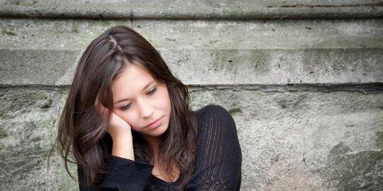 Pernah mengalami 6 hal ini dalam percintaan? Nggak perlu merasa cupu atau malu