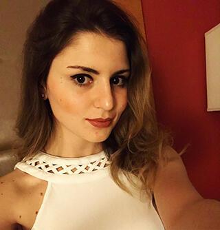 TOP 5 Wanita Cantik Yang Berkarir Di Dunia eSports