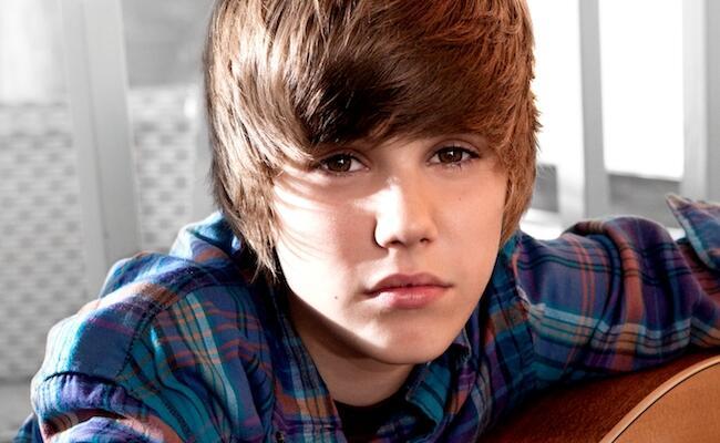 Waktu Jadi Artis Baru, Justin Bieber Cuma Bisa Numpang Sama Manajer Doang
