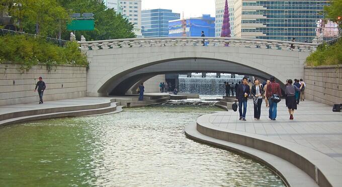 Ridwan Kamil akan Sulap Sungai Kalimalang seperti Sungai Cheongcheon di Korsel