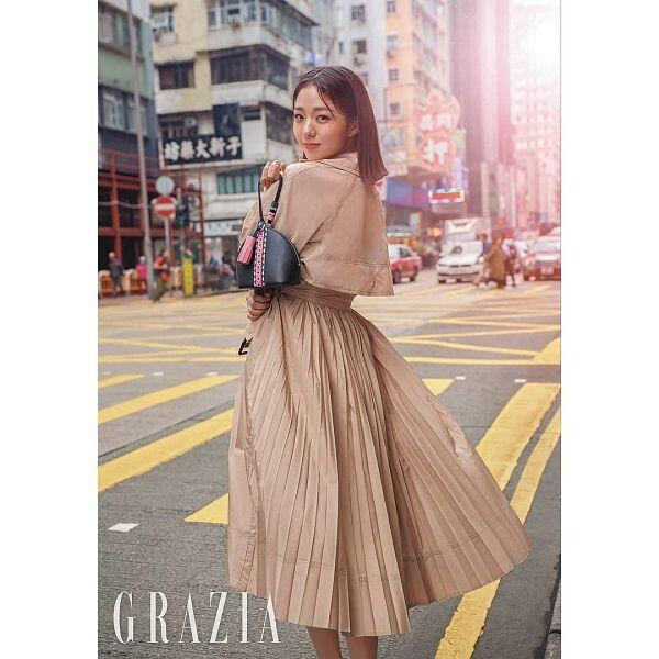 10 Inspirasi Gaya Cewek Masa Kini dari Aktris Muda Korea Selatan