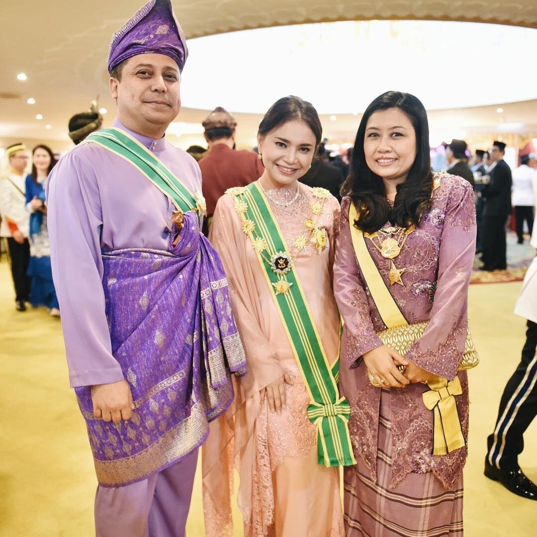 10 Potret Anggun Rossa Dapat Penghargaan Jadi Dato Sri di Malaysia