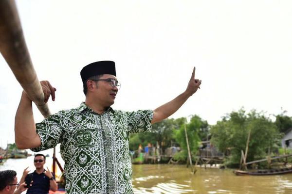 Dukung Paduan Suara Katolik, Ridwan Kamil Tuai Pujian Netizen