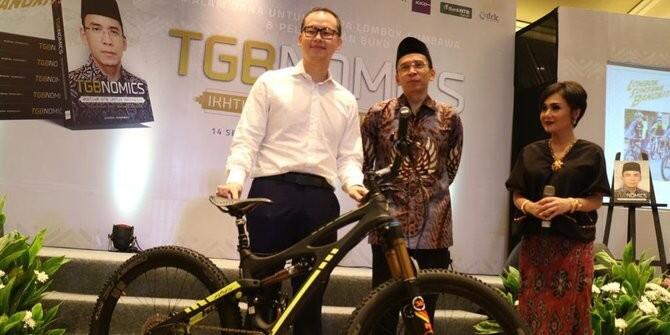 Presiden Jokowi Tukar Hadiah Sepeda dengan Ini