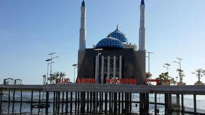 Masjid-masjid di Indonesia dengan Arsitektur Unik