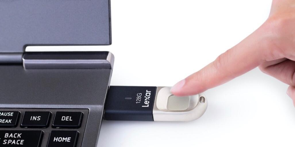 FlashDisk Baru Ini Gunakan Jari Untuk Simpan Data