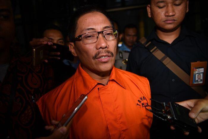 Bupati Cirebon dan harga jabatan ala menu restoran