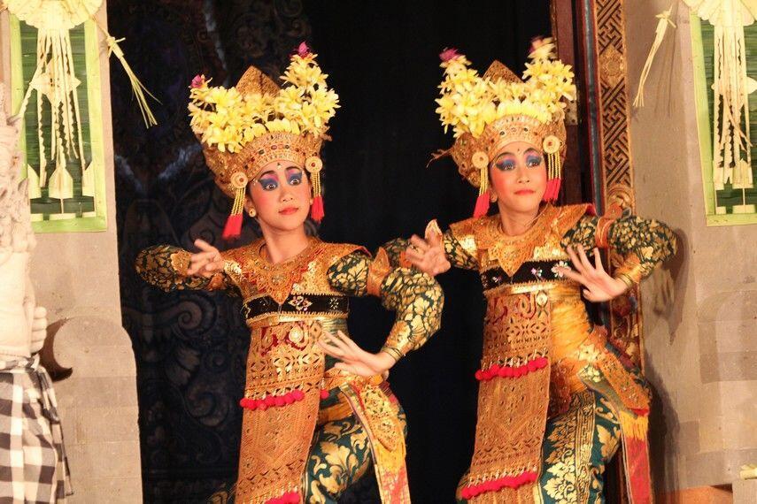Pernah Lihat 5 Atraksi Tari Ini di Bali? Ternyata Ada Filosofinya Lho