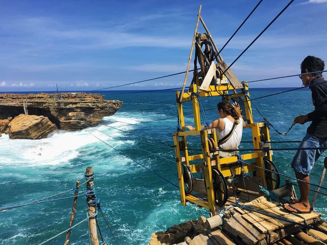 7 Wisata Ekstrem Indonesia, Wajib Dicoba Minimal Sekali Seumur Hidup