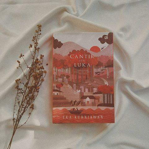 12 Novel Karya Penulis Terkenal Ini Fenomenal di Tahun 2000an
