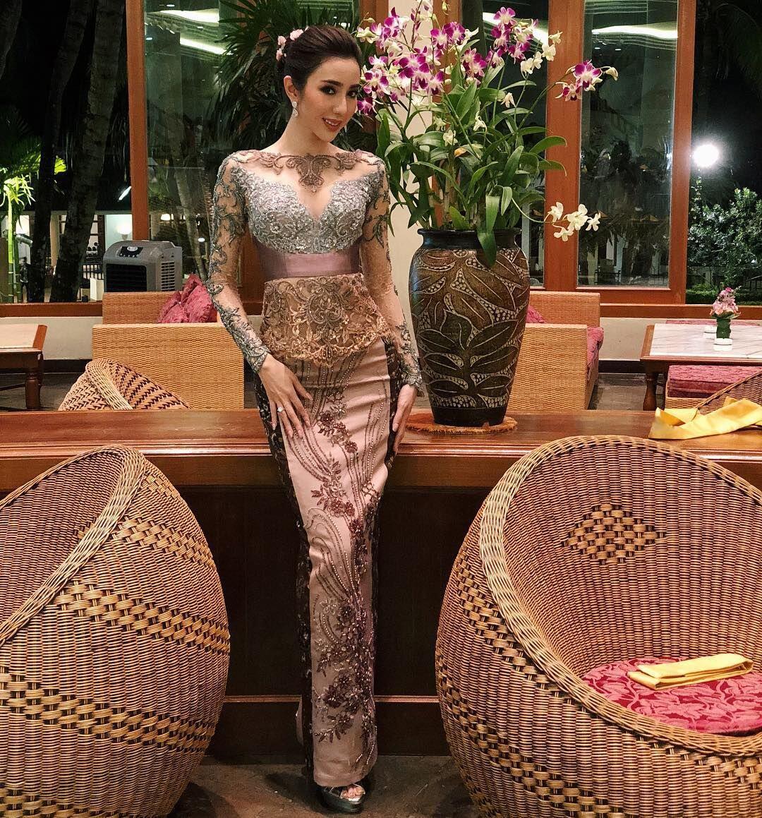 10 Gaya Nadia Purwoko Pakai Baju Etnik, Bukti Cinta Indonesia Banget!
