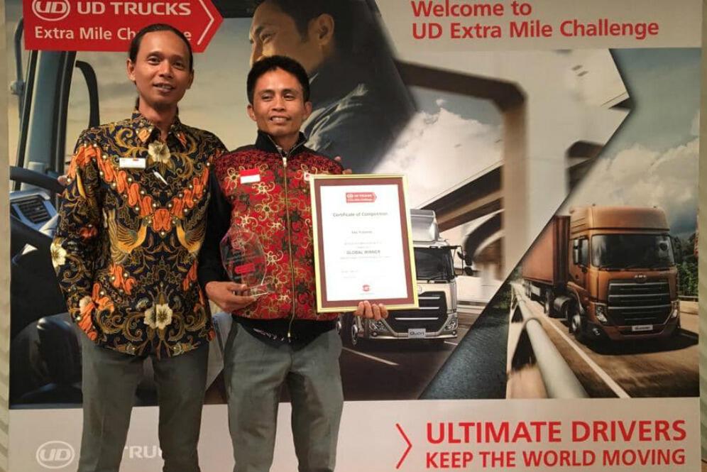 Keren Bro.. Pria Asal Indonesia Ini Jadi Sopir Truk Terbaik di Dunia